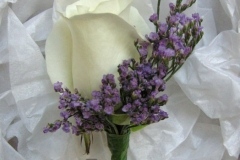 Buttonhole-rose-lilac-white
