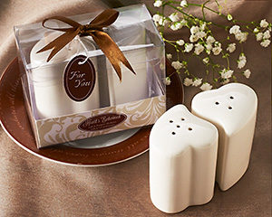 Hearts Entwined Salt & Pepper Shakers showcase gift box