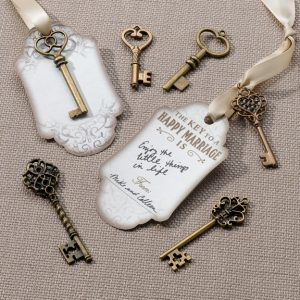 Bronze key guest signing tag gift set