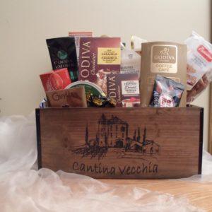 Cantina Vecchia Wood Gift Basket
