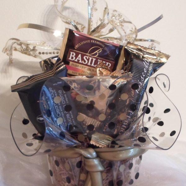 Black and Gold polka dot gift basket